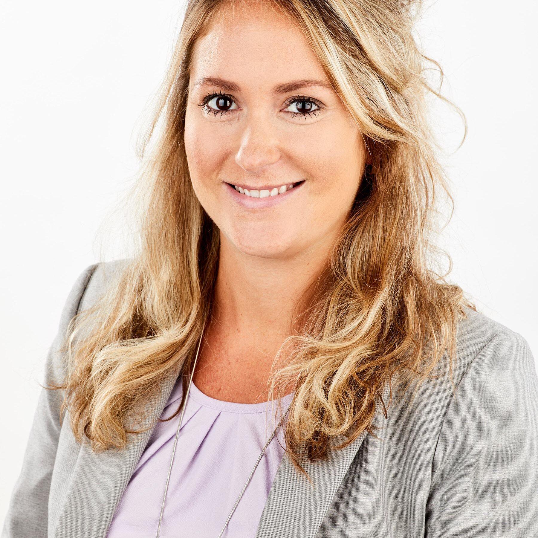 Sarah Mercile Adjointe des ressources humaines